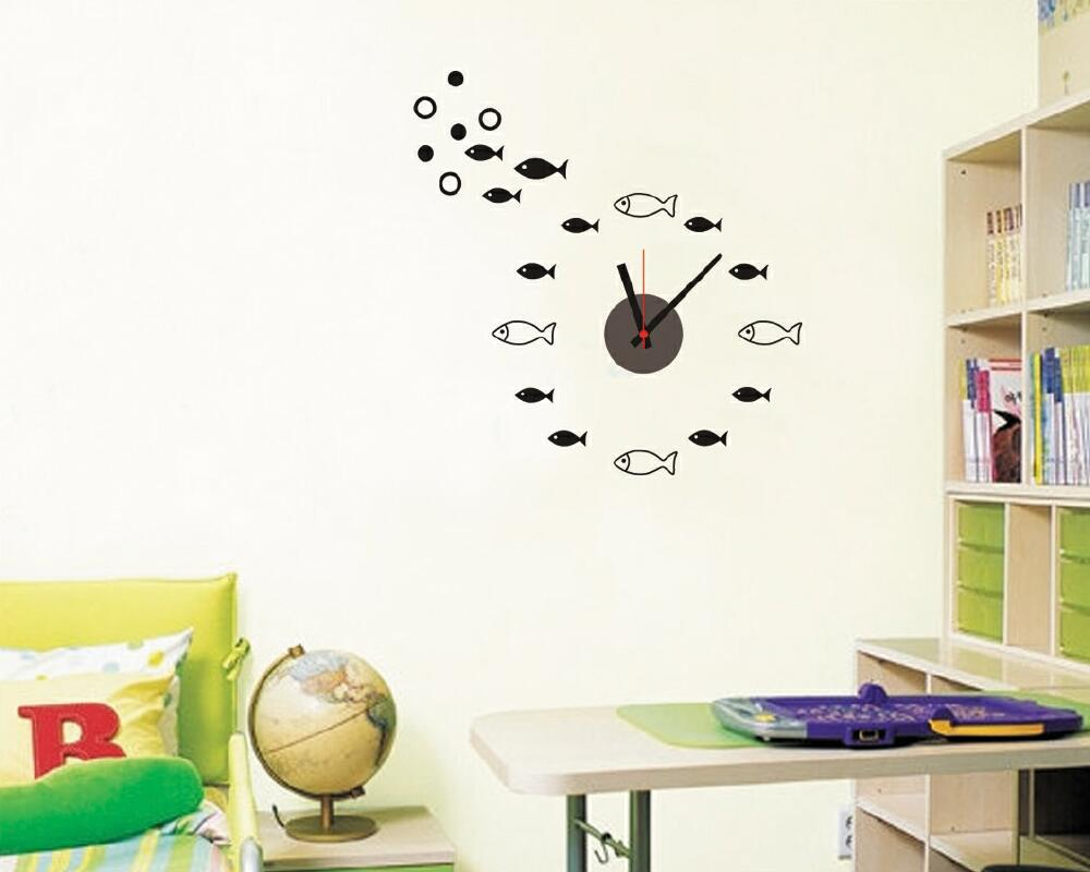 Nalepovací hodiny èerné Rybièky - zvìtšit obrázek