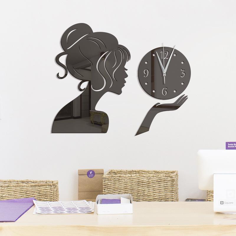 Èerné nalepovací hodiny Dívka - zvìtšit obrázek